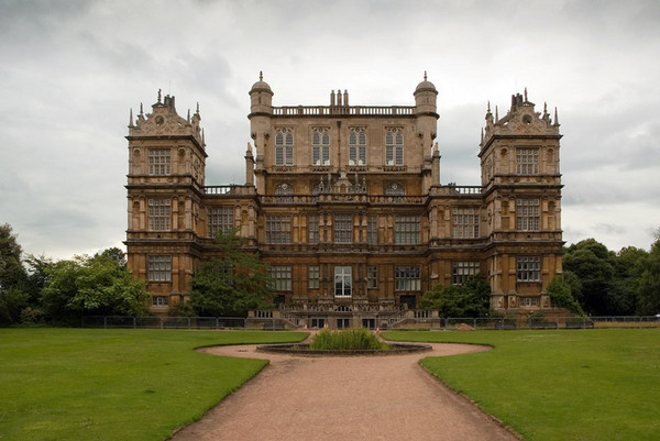 wollaton_hall_garden_600x